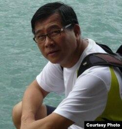 Вице-президент Альянса в поддержку патриотических и демократических движений в Китае Мак Хой-Ва