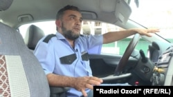 Эраҷ Маҳкамов, ронандаи таксӣ дар Душанбе