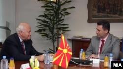 Дали средбата со Груевски е причина за оптимизмот на Моратинос?