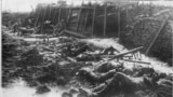 France -- British emplacement after unreckoned German gas attack (probably phosgene) at Fromelles, 19 July 1916