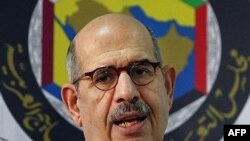 محمد البرادعی مدیر کل آژانس بین المللی انرژی اتمی، روز چهارشنبه گزارش خود را درباره میزان همکاری ایران با خواست های شورای امنیت سازمان ملل متحد ارایه داد