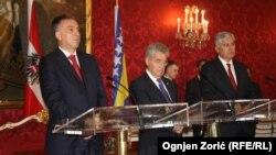 Crnogorski predsjednik Filip Vujanović, austrijski predsjednik Hajnc Fišer i član Predsjedništva BiH Dragan Čović u Beču