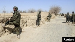 Vojnici novoformirane afganistanske nacionalne armije, Kandahar, 13. svibanj 2012.