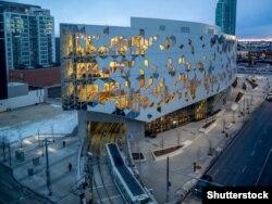 Новая цэнтральная бібліятэка Калгары, Канада