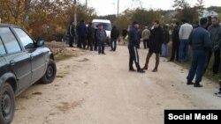 Бакчасарайның кырымтатарлар яшәгән бистәсендә тентүләр бара. 20 октябрь 2016