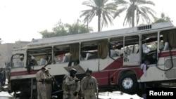 اتوبوس آسیب دیده حامل زائرین ایرانی- کربلا