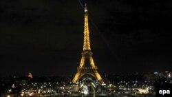 Eiffelov toranj u Parizu, 2009.