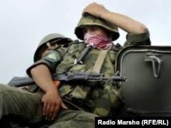 Дағыстандағы Ресей сарбазы. 1 қазан 2012 жыл.