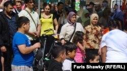 Нидерланд урамында Гыйрак иммигрантлары