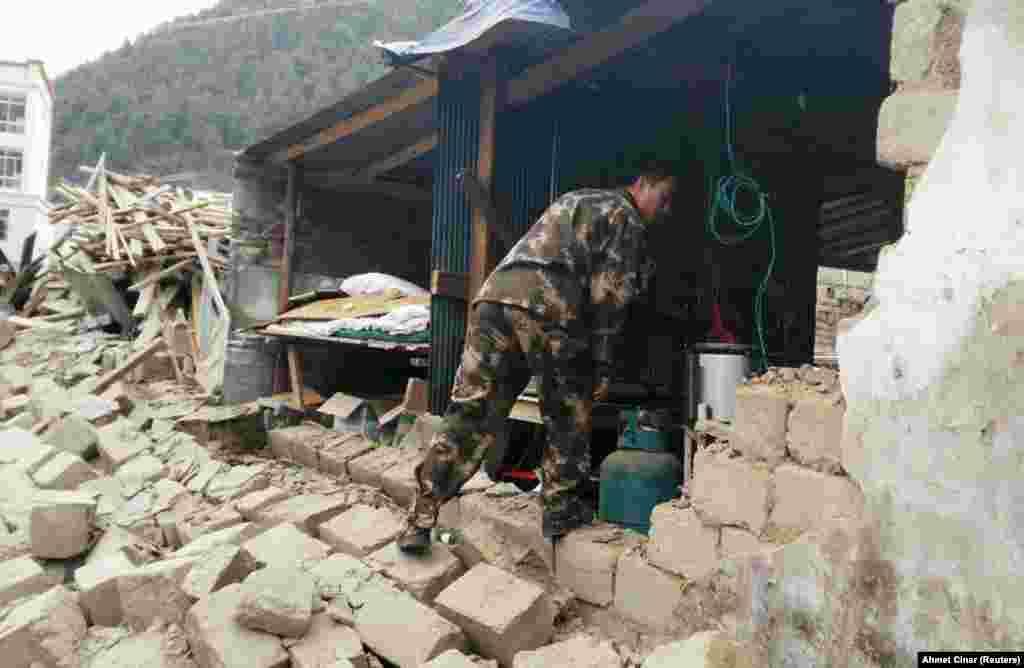 Катмандудагы җимерелгән дивар