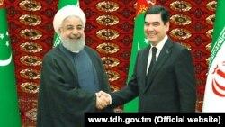 Eýranyň prezidenti Hassan Rohani we Türkmenistanyň prezidenti Gurbanguly Berdimuamedow