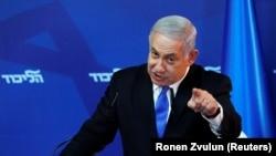 در صحنه داخلی اسرائیل تنها سیاستمداران حزب لیکود از گفتههای او حمایت کردند