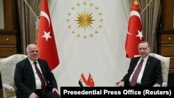 Իրաքի վարչապետ Հայդեր Ալ Աբադին (ձ) և Թուրքիայի նախագահ Ռեջեփ Թայիփ Էրդողանը, արխիվ:
