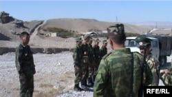 Баткендеги кыргыз чек арачылары