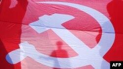 Ռուս անջատականները Օդեսայում հանրահավաքի ընթացքում պարզել են ԽՍՀՄ-ի դրոշը, 14-ը մարտի, 2014թ.