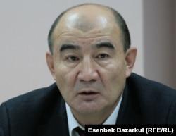 Қазақ гуманитарлық-заң университеті профессоры Марат Қоғамов.