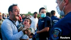 Միգրանտները Հունգարիայի սահմանին, 7-ը սեպտեմբերի, 2015թ.