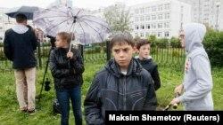 Российские подростки (архивное фото)