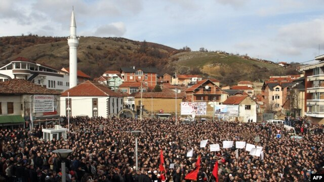 Ethnic Albanians protest in the southern Serbian town of Presevo on January 21.
