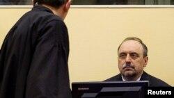 Goran Hadžić u sudnici Haškog tribunala
