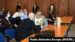 Prvooptuženi Bojan Jovanovski (Boki 13) u sudu. Izrečena mu je kazna od devet godina zatvora. 18. jun 2020.