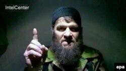 В своем обращении новый амир северокавказских боевиков не стал касаться деталей гибели Доки Умарова. Остается лишь гадать, явилась ли его смерть следствием множества старых ранений, или его, как утверждает глава Чечни Рамзан Кадыров, убили в ходе спецоперации