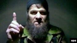 Лидер чеченских боевиков Доку Умаров в видеообращении по поводу признания ответственности за взрывы в московском метро в марте 2010 года.