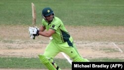 نصیر جمشید یک بازیکن تیم کریکت پاکستان