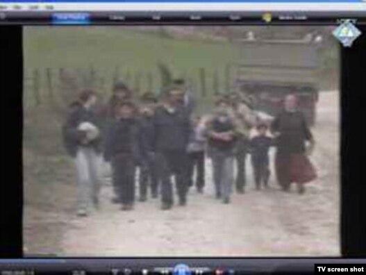 Arhivska fotografija ubijanja i stradanja civila u području Zvornika, Haški tribunal, 10. novembar 2010.