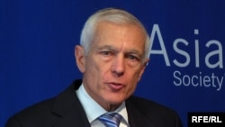 Wesley Clark at the Asia Society in New York on April 7, 2010.