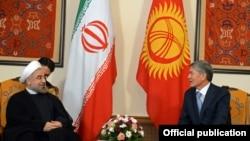Хасан Роухани жана Алмазбек Атамбаев. Бишкек, 2013