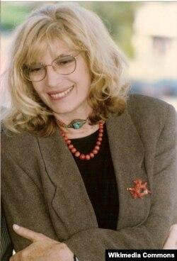 Monica Vitti 1990-cı ildə, bu illərdən sonra o media qarşısına nairən çıxır.