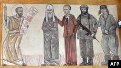 Изображенные в церкви персонажи, похожие на патриарха Кирилла и Владимира Путина