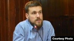 Димитар Низамовски, програмски координатор во Младински образовен форум(МОФ).