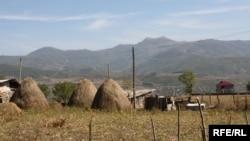 Частная собственность на землю – одна из рекомендаций российских кураторов республики Южная Осетия как необходимое условие для социально-экономического развития региона
