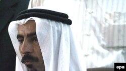 شيخ عبدالستار ابو ريشه بر اثر انفجار بمبی کار گذاشته شده در کنار جاده، همراه دو گارد محافظش روزپنجشنبه بيست و دوم شهريور ماه کشته شد