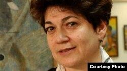 Мариника Бабаназарова, бывший директор Каракалпакского государственного музея искусств.