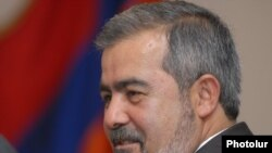 Dashnak leader Hrant Markarian savaged the government's negotiations.