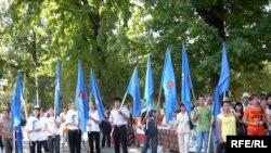БЭКтин талапкери Алмазбек Атамбаевдин Жалал-Абаддагы жолугушууларынан. 21-июнь, 2009-жыл.