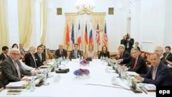 На переговорах щодо ядерної програми Ірану, Відень, ранок 7 липня 2015 року