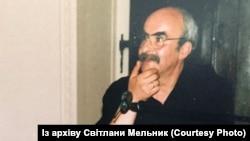 Український поет та перекладач Мойсей Фішбейн у Відні, 2000 рік