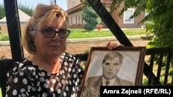 Ljutfije Vokši, sestra nestalog Adema Ademija iz Mitrovice