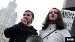 Дмитрий Энтео (слева)