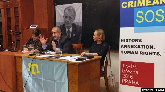 Голова Меджлісу кримськотатарського народу Рефат Чубаров розповідає про обставини анексії Криму, Прага, 17 березня 2016 року