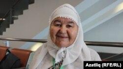 Әлфия Әбделмәнова