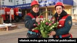 Ратавальнікі Віцебску павіншавалі маладых маці з 8 сакавіка