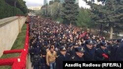 Під час церемонії вшанування загиблих, Баку, 20 січня 2016 року