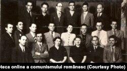 Grup de comunişti: Nicolae Ceauşescu, Constantin David, Teohari Georgescu ş.a. (mai 1939) Fototeca online a comunismului românesc, cotă:1/1939