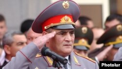 Hayk Harutiunian în anul 2003, la Erevan