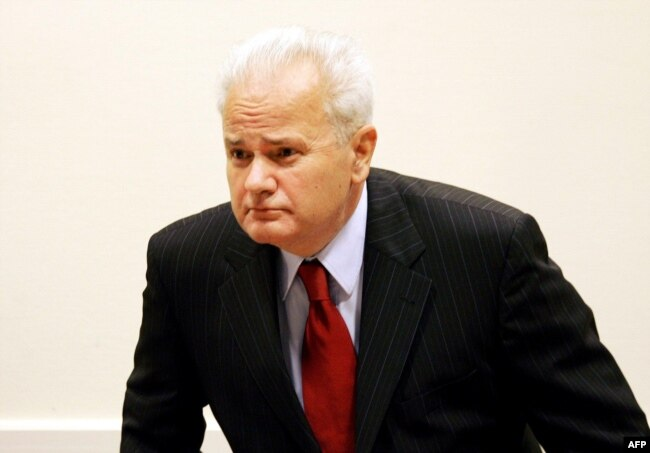 Former Yugoslav President Slobodan Milosevic at the Hague in 2004